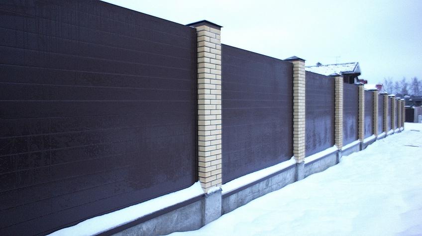 Забор из сэндвич-панелей