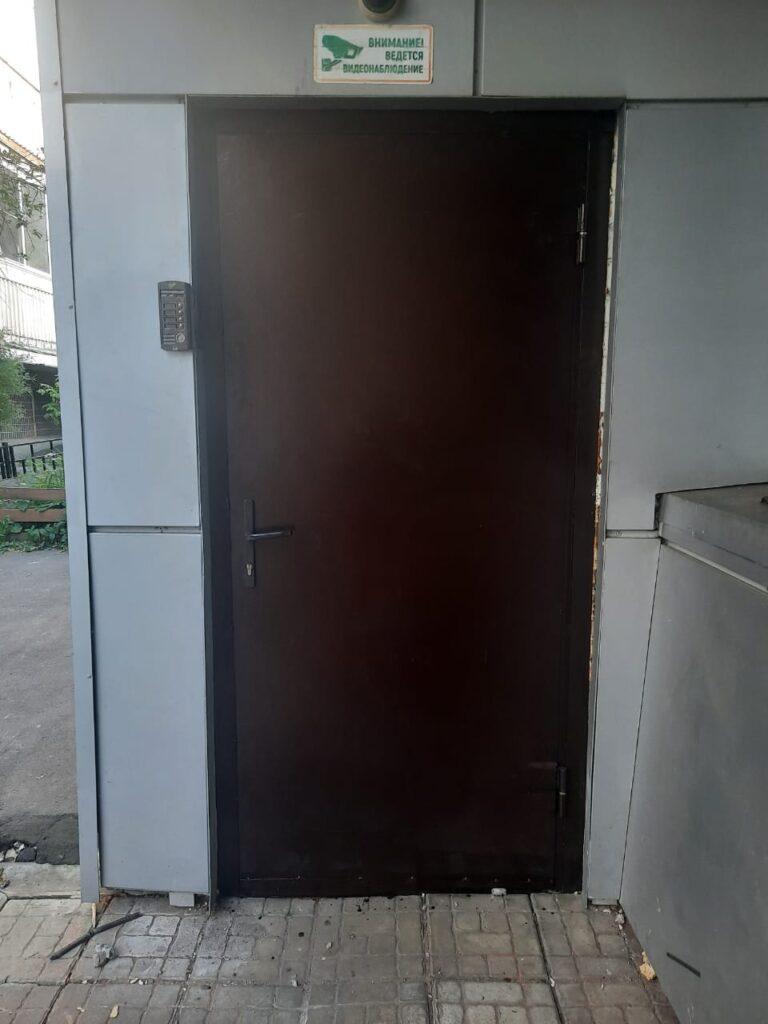 Металлическая дверь №2